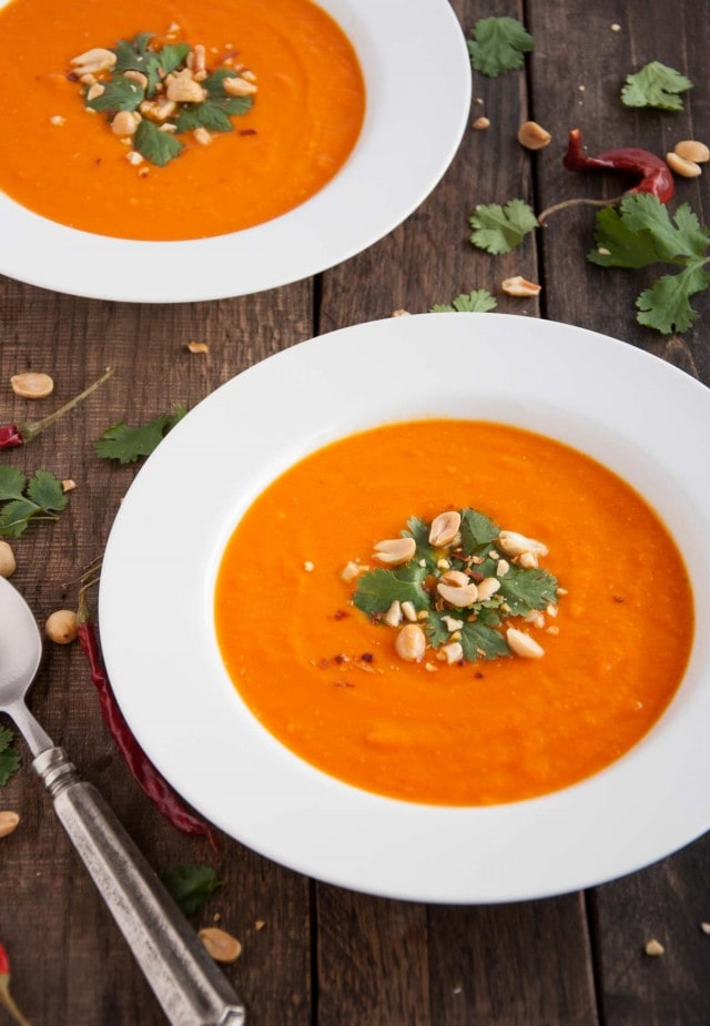 Delicious and creamy carrot soup delivers a healthy twist on Thai flavors from coconut milk and spicy curry to zesty lime and crunchy peanuts. All this for under 200 calories in each generous serving!