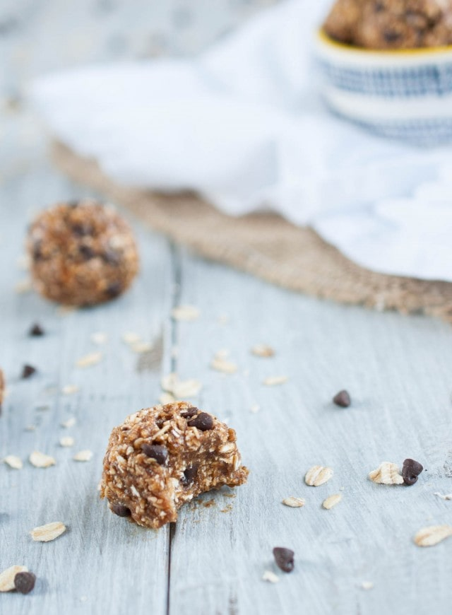 These delicious and filling protein balls taste like a peanut butter oatmeal cookie, but have 4.4 grams of protein in each 100 calorie ball!