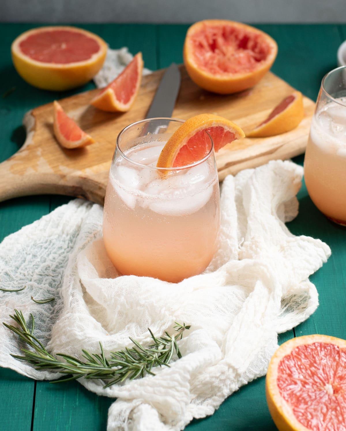 Rosemary grapefruit mocktail with grapefruit garnish